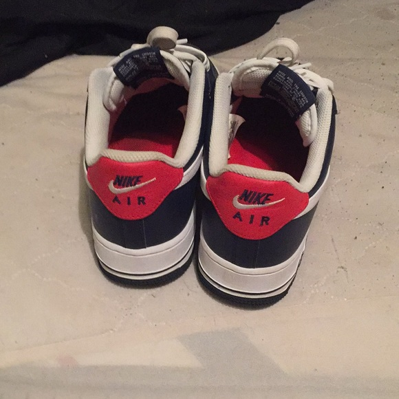A pair of Dark Blue & Red AirForce One's